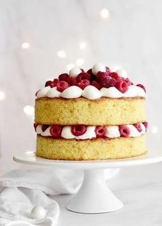 Best ideas for cupcakes lemon treats Food Cakes, Cupcake Cakes, Cupcakes, Baking Recipes, Cake Recipes, Dessert Recipes, Just Desserts, Delicious Desserts, Chocolate Peanut Butter Squares
