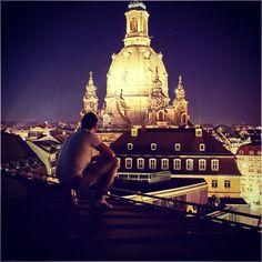 Ihr habt mich und Batman noch nie in einem Raum gesehen ✌️ Schönes We ✌️ #Dresden