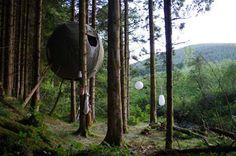 Tende sferiche sugli alberi, comfort a basso impatto
