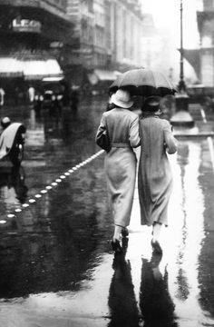 A walk in the rain Paris 1934
