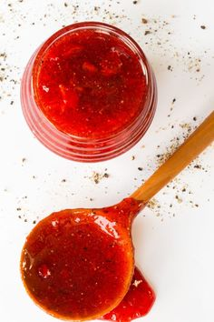 This Easy Strawberry Balsamic Black Pepper Jam flavor combination is amazing! It& sweet, spicy and super delicious as an appetizer, and tons of other uses! Cherry Freezer Jam, Strawberry Balsamic, Strawberry Jam, Homemade Pickles, Fabulous Foods, Food Processor Recipes, Favorite Recipes, Stuffed Peppers, Snacks