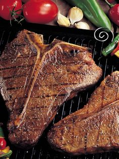 satisfies a really big steak appetite like an Omaha Steaks Porterhouse! It's like having a whole Filet Mignon and a whole Strip Sirloin on your plate.all with the flavor-enhancing bone left in! Gourmet Food Gifts, Gourmet Recipes, Yummy Recipes, Yummy Food, Porterhouse Steak, Beef Steaks, Beef Steak Recipes, Cooking The Perfect Steak, Omaha Steaks