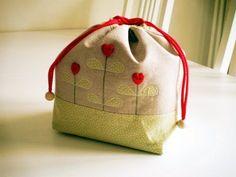 """idee di Chiara: La """"schiscetta"""" stilosa - My stilish bento box case"""