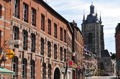 Avesnes-sur-Helpe, Nord. Pop: 4976