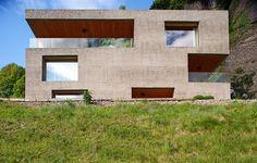 Kubisches Betonhaus Mit Holzkern