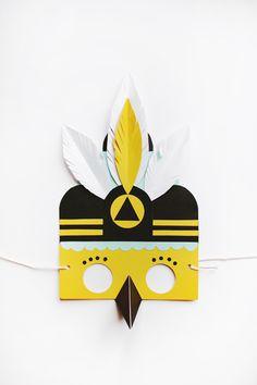 Mask Ball by Lucille Michieli Paper Pop, Diy Paper, Paper Crafts, Mardi Gras, Childrens Workshop, Diy For Kids, Crafts For Kids, Diy Masque, Bird Masks