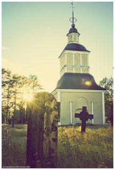 The bell tower, the church of Paltaniemi; Kajaani, Finland. | http://fi.wikipedia.org/wiki/Paltaniemi