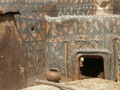 maisons peintes burkina faso