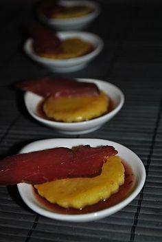 Filet mignon fumé, pomme rôtie sur gelée de porto