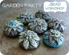 Garden Party Polymer Clay Bead Workshop with Heather Powers from Humblebeads! Polymer Clay Projects, Polymer Clay Creations, Clay Crafts, Clay Flowers, Beaded Flowers, Green Flowers, Diy Crafts Jewelry, Jewelry Ideas, Polymer Clay Beads