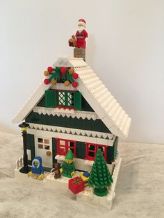 My 2017 Christmas Cottage Mein 2017 Christmas Cottage Lego Christmas Sets, Lego Christmas Village, Lego Winter Village, Lego Village, Noel Christmas, Christmas Projects, Crafts For Kids To Make, Diy Arts And Crafts, Lego Gingerbread House