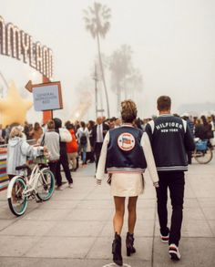 It's #nyfw and #tommyhilfiger just had his show at #venicebeach. #howcool #american #classic #regram @codywestonandrew #tommyland