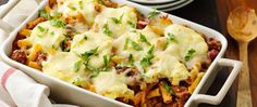 This triple-cheese pasta bake should be your new weeknight dinner go-to. Parmesan, mozzarella and ricotta cheeses combine with ziti noodles and tomato soup for a hearty meal even your pickiest eaters (Easy Meal With Ground Beef Baked Ziti) Ground Beef Recipes, Pork Recipes, Pasta Recipes, Crockpot Recipes, Dinner Recipes, Cooking Recipes, Dinner Ideas, Italian Dishes