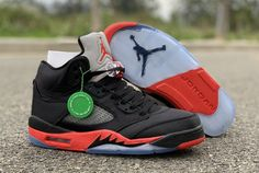 "detailed look 49a9a 4054e 2019 Air Jordan 5 Retro ""Satin Bred"" Black University Red 136027-006"