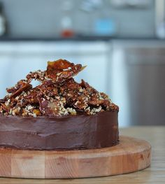 Candied bacon cake