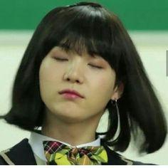 Looking at yoongi i feel like i failed as a female Suga Suga, Yoongi, Bts Bangtan Boy, Jimin, Avatar 3d, Wattpad, Corgi Golden Retriever, Chat 3d, Im Fabulous