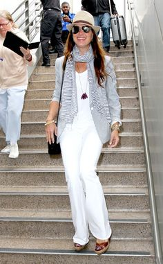 Jetsetter Brooke Shields arrived at LAX looking oh-so-fresh in an all-white outfit, with hints of light gray, and aviators with mirrored silver lenses!
