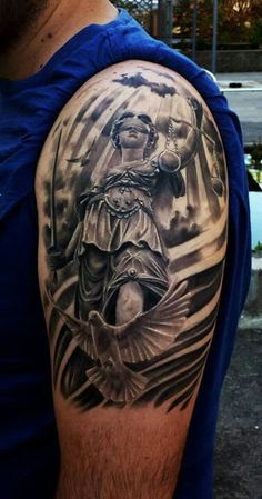 Oh wow, an actual blind justice tattoo - not bad - it's even in the right place… Cop Tattoos, Badass Tattoos, Girl Tattoos, Tattoos For Guys, Tatoos, Tattoo Girls, Lawyer Tattoo, Americana Tattoo, Tattoo Mutter