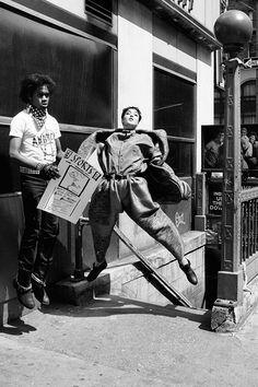 Yohji Yamamoto, fall 1984, photo Max Vadukul