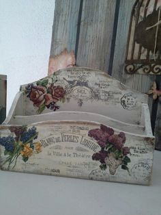 The perfect little box to keep all your letters in. I only have this one right now. .❥ڿڰۣ—