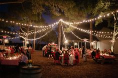 outdoor wedding receptions picture is in decoration ideas wedding . Outdoor Wedding Reception, Wedding Rehearsal, Outside Wedding, Wedding Day, Wedding Receptions, Reception Ideas, Wedding Prep, Diy Wedding, Wedding Flowers