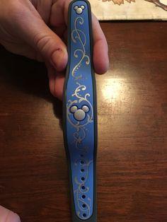 Pretty blue magic band