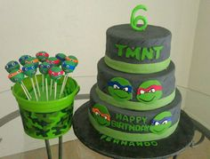 Torta delle Tartarughe Ninja con decorazioni in pasta di zucchero n.78