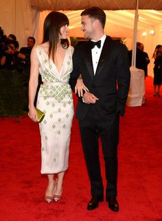 Jessica Biel in Prada. Love this dress, but for the Met Gala? Glam it up girl, get your hair out of your face!
