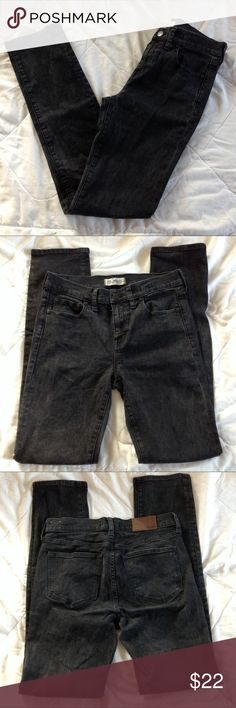 """MADEWELL Alley Straight black skinny jeans MADEWELL Alley Straight skinny jeans.  These have a lot of stretch to them.  In good condition, but they show some wear to them.  They are a faded black color and they have some faded areas on them.  See pic.  Color may look different on your screen.  Tag says size 28.  I measure them at approx:  Waist 29"""" Rise 9"""" Hip 17"""" across Inseam 31""""   Check out my other name brand jeans! Madewell Jeans Skinny"""