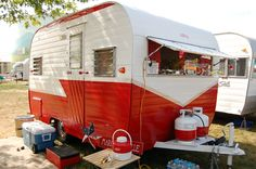 etro camper | Picture of 1962 vintage Aloha 15ft. travel trailer with fixed awning ...