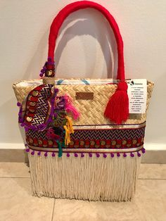 Sirens are handcrafted and ethnic bags made of straw material and embroidered fabrics personally chosen to create unique, light and excellent quality designs. They are made in two sizes according to the use preference. Worked entirely by hand giving jobs to women artisans who Lace Bag, Ethnic Bag, Sirens, Textile Design, Bag Making, Jute, Fashion Art, Straw Bag, Artisan