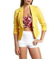 Yellow blazer . Cute outfit <3