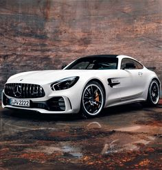 Mercedes-AMG GT R C190 - The MAN