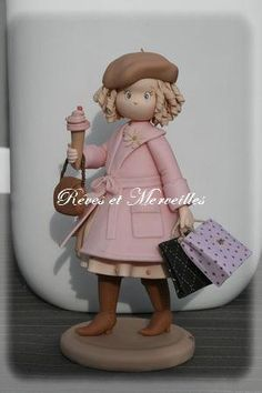 Фигурки девочек-Girl Cake topper figurines - Мастер-классы по украшению тортов Cake Decorating Tutorials (How To's) Tortas Paso a Paso Fondant Figures, Polymer Clay Figures, Polymer Clay Dolls, Polymer Clay Projects, Diy Clay, Clay Crafts, Porcelain Dolls For Sale, Porcelain Dolls Value, Lovely Tutorials
