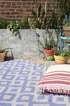 Diamond Indoor/Outdoor Rug #urbanoutfitters