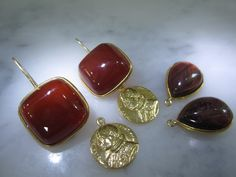 Chandeliers - Ohrringe Karneol Tigerauge Unikat Muenze Gold Ring - ein Designerstück von TOMKJustbe bei DaWanda