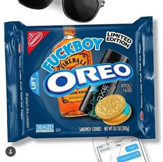 New Oreo flavor! Weird Oreo Flavors, Pop Tart Flavors, Cookie Flavors, Funny Food Memes, Food Humor, Funny Fails, New Oreos, Oreo Funny, Snack Recipes