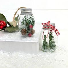 Diy Christmas Mason Jars, Dollar Tree Christmas, Christmas Crafts For Gifts, Christmas Party Decorations, Christmas Ideas, Crafts With Glass Jars, Mason Jar Crafts, Dollar Tree Decor, Dollar Tree Crafts