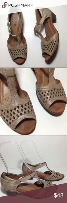 Cobb Hill by New Balance Taupe Perforated Sandals Cobb Hill by New Balance Taupe Leather perforated front ankle strap sandals. Size 9M. Pre-owned in great condition with a little scuff on outer ankle area of left shoe. If you have any questions please leave a comment below. Cobb Hill by New Balance Shoes Sandals