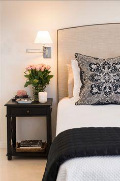 Bedroom Decor Ideas. Inspiring Bedroom decorating ideas. #BedroomDecor #Bedroomdecoratingideas #BedroomIdeas