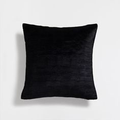 Image of the product Pleated velvet cushion cover