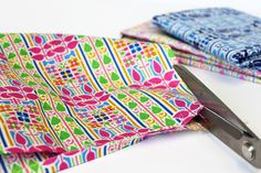 Learn how to make a set of woven coasters on the #LibertyCraftBlog #SewLiberty #StepByStep