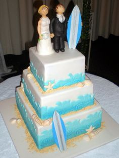 beach themed wedding cakes with topper