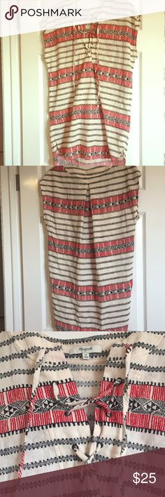 Madewell tunic Cute geometric tunic that can be worn with leggings, as a dress, or a swim cover up. Madewell Tops Tunics