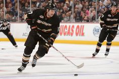 Dustin Penner #17 Anaheim Ducks