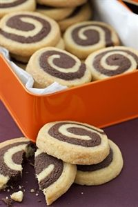 Christmas biscuit tin (nice packaging. biscuits are hazelnut swirl and clementine zest) Petyon and Byrne