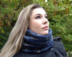 """Купить Снуд-шарф вязаный """"Полуночный синий"""" темно-синий мужской женский в интернет магазине на Ярмарке Мастеров"""