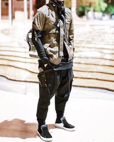 X Fit by Acronym Jacket Acronym Sleeve Acronym Tee Acronym Pants Acronym SVR Bag Acronym Modulars Acronym Beanie Acronym Gaiter Stone Island Shadow Project Slip Ons Belt Neighborhood Specs Cyberpunk Mode, Cyberpunk Clothes, Cyberpunk Fashion, Streetwear Mode, Streetwear Fashion, Ropa Hip Hop, Looks Style, My Style, Urban Fashion