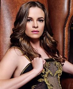 Danielle Nicole Panabaker is an American actress from Augusta, Georgia. Hottest Female Celebrities, Beautiful Celebrities, Beautiful Actresses, Celebs, Bold And The Beautiful, Beautiful Women, Beautiful People, Danielle Panabaker The Flash, Evan Rachel Wood