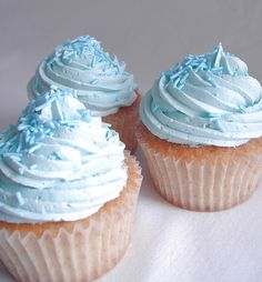 Blue cupcakes and sprinkels Blue Cupcakes, Rainbow Cupcakes, Vanilla Cupcakes, Cupcake Icing, Buttercream Icing, Cupcake Cakes, Android, Cake Blog, Free Download